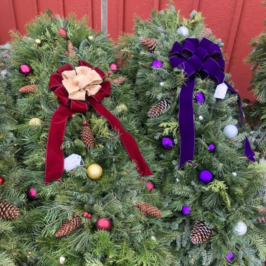 Celebrate the Holidays with Lansing Gardens